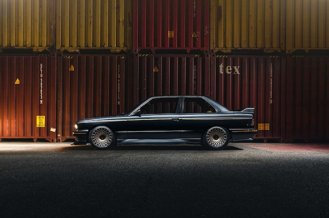 1988-BMW-E30-M3-Rotiform-LHR-F-Wheels-01