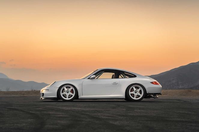 2006-Porsche-911-Carrera-S-Desmond-Regamaster-EVO-IIw-Wheels