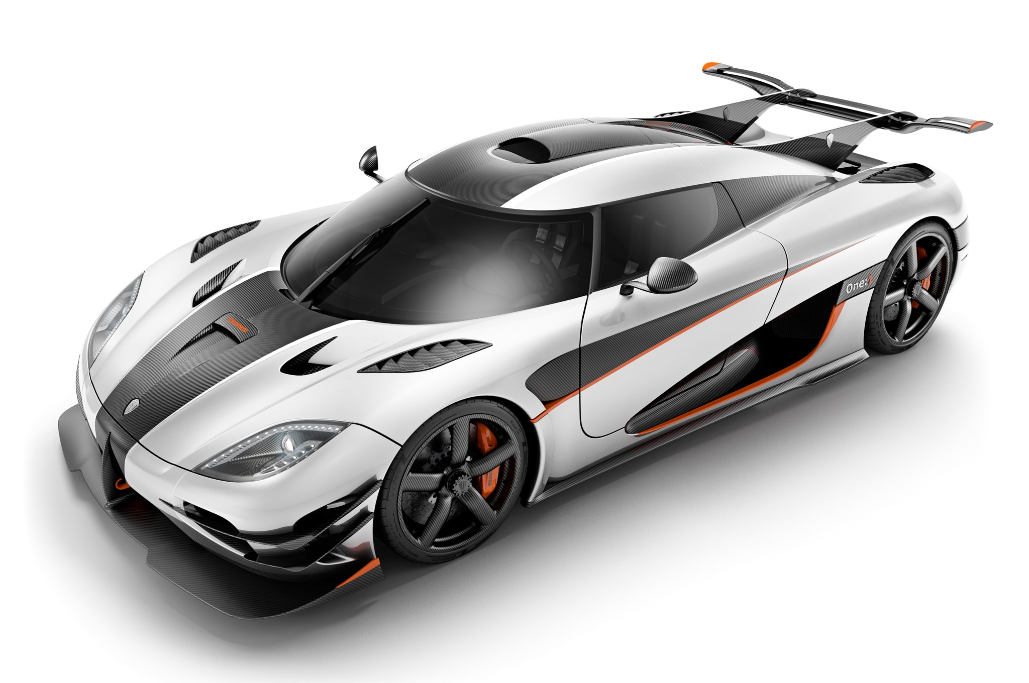 Koenigsegg Agera One:1 Specs and Features Announced