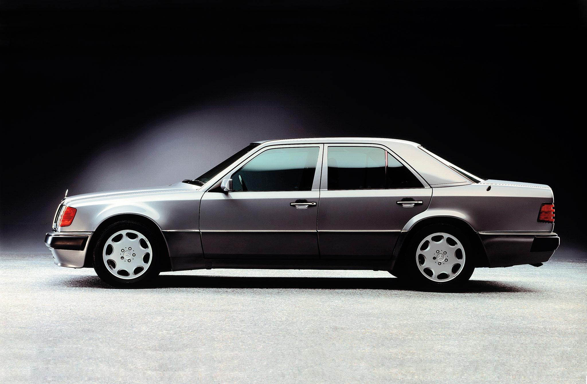 مرسدس بنز 500E تولید سال 1991 میلادیbenz E500 1991